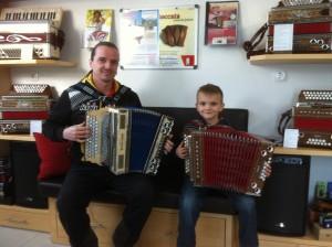 Michael Jäger mit Sohn Niklas und Kärntnerland
